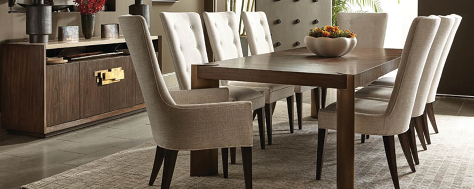 Finding The Right Dining Table Set in Calgary For Your Mom