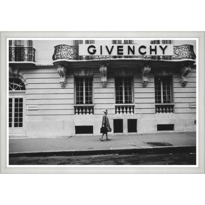 "Glamour, ""Givenchy"""