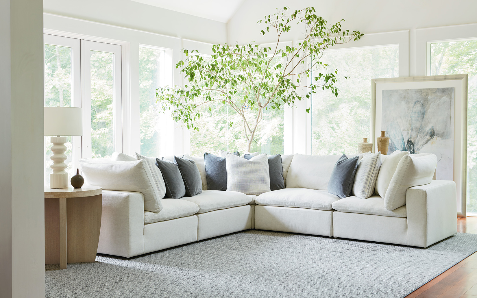 Seven Benefits of a Modular Sectional Sofa