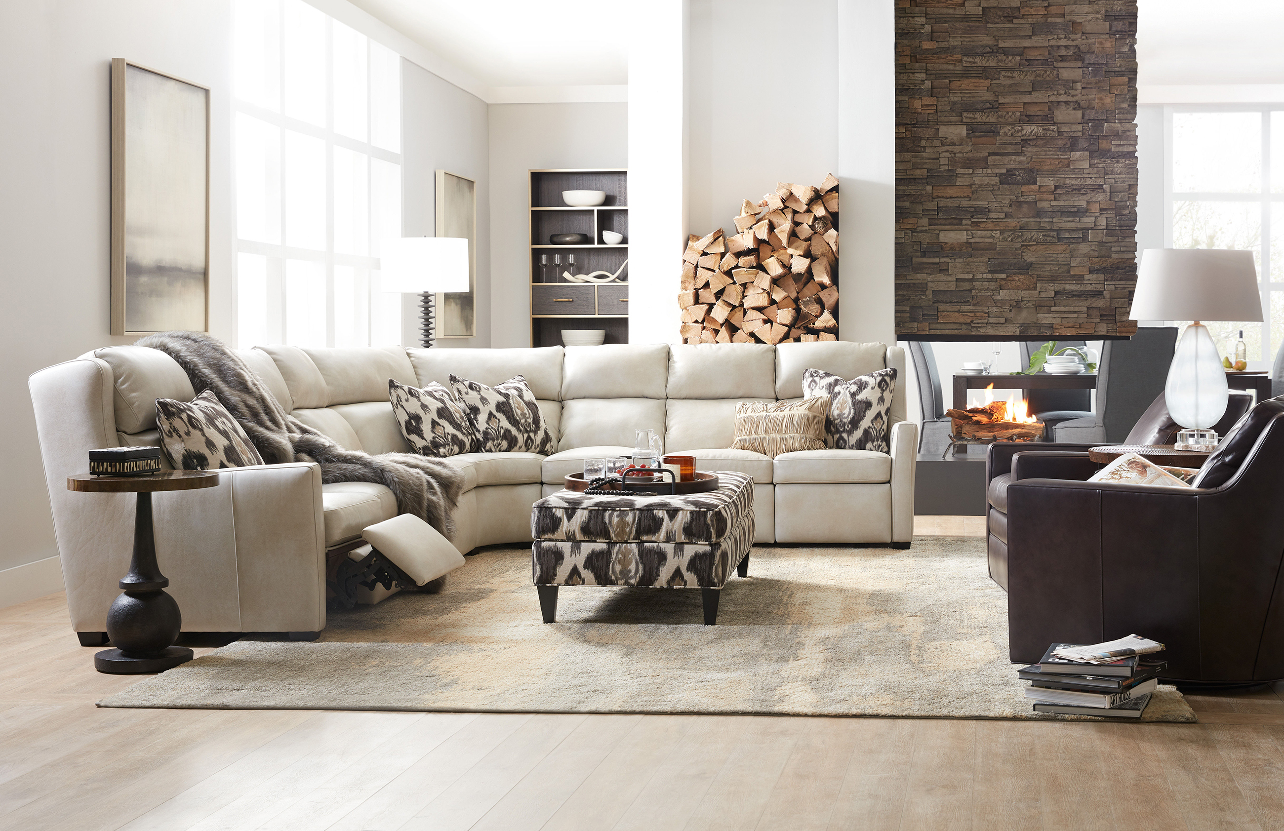 Motion Furniture in Calgary – Power vs Manual Recliners